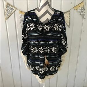 Earthbound Trading Co Fair Isle Sweater Poncho